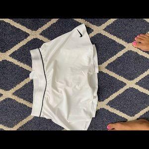NWT Nike flouncy skirt